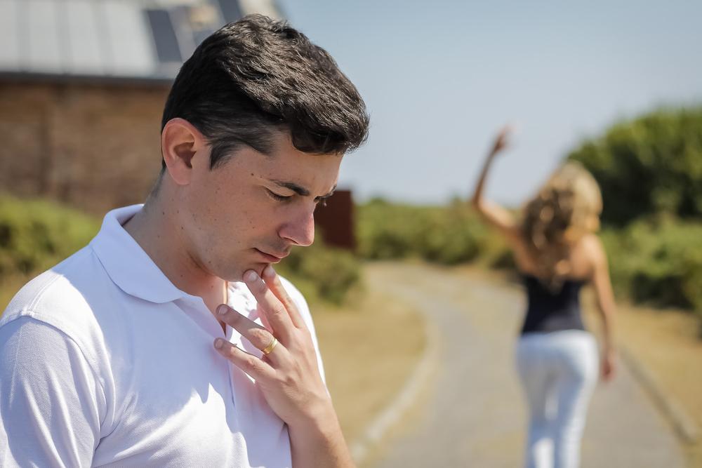 男が別れを後悔する時期は別れ方で決まる!振った理由や別れた原因で悔やむタイミングを見極める方法
